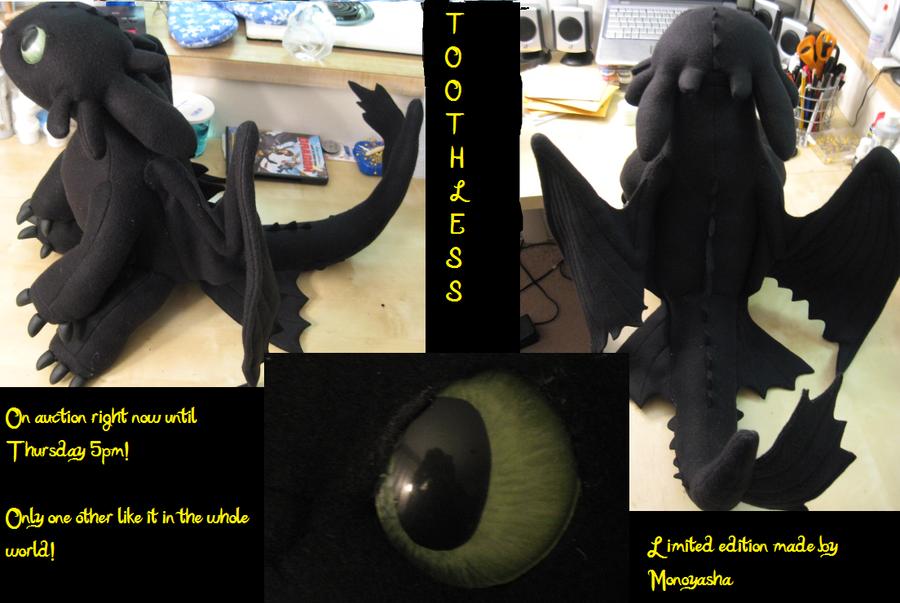 Toothless Plush 2 by Monoyasha