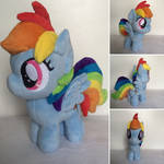 Itty Bitty Rainbow Dash