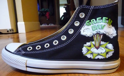 Custom Green Day Chucks by KazultheDragon