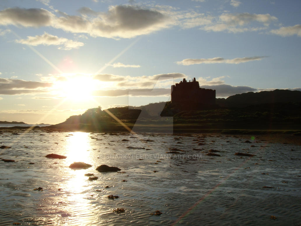 Castle Tioram at sunset by sharkylee