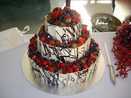 Wedding Cake by Sakenichi