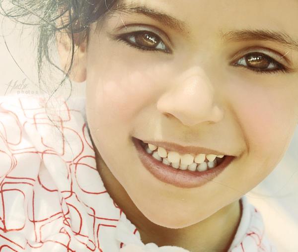 her innocent eyes by HMsa