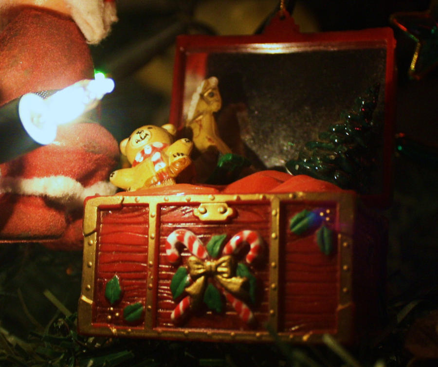 Christmas Toy Box : Christmas toy chest by bonniemarie on deviantart