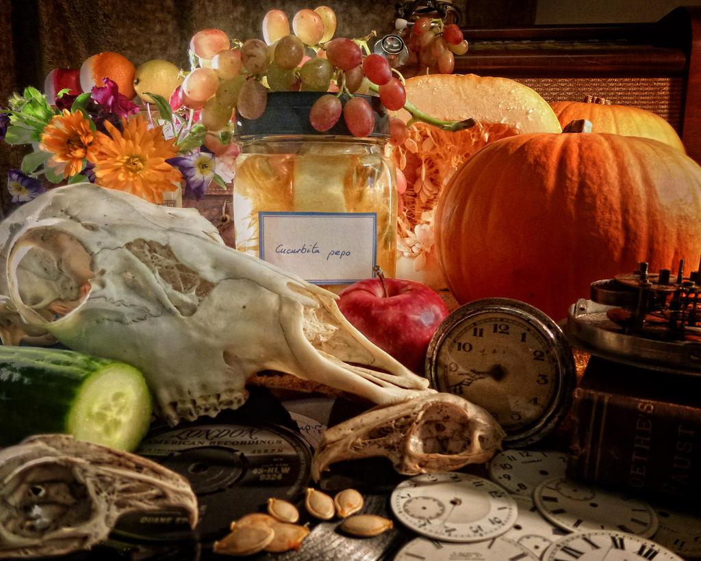 Captured Pumpkin by LureofSalvage