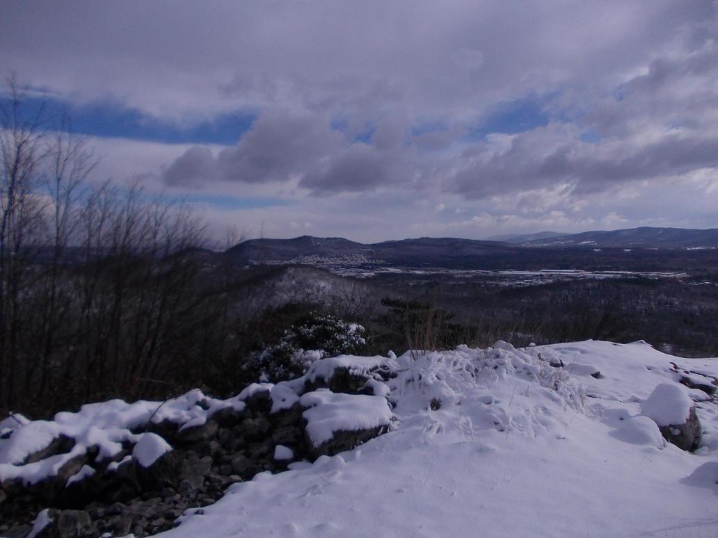 Monte Orsario by ZarthialDragon