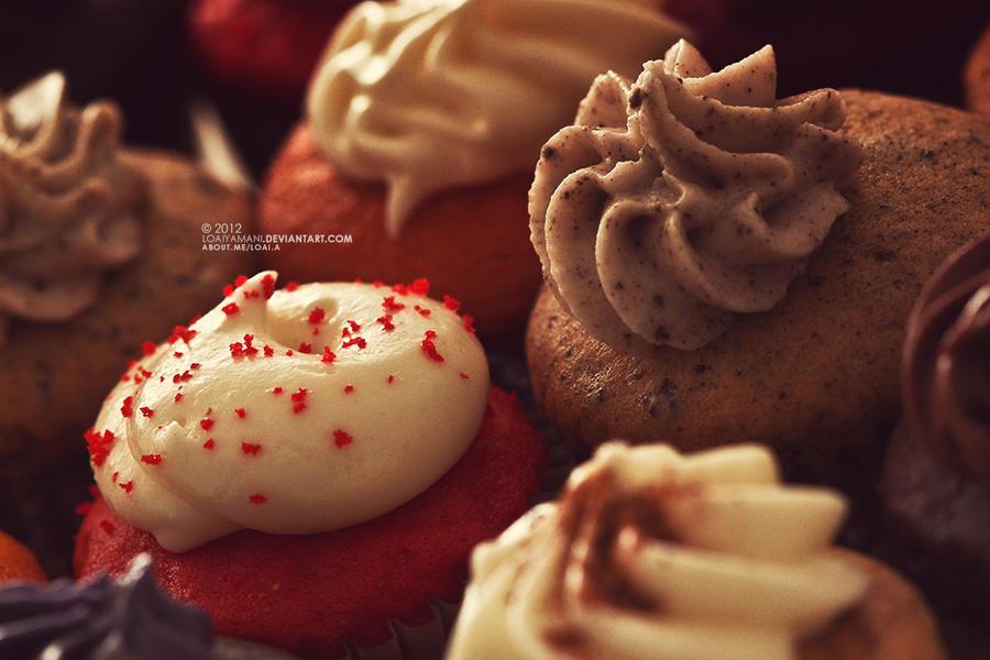 Yummy Cupcakes by LoaiYamani