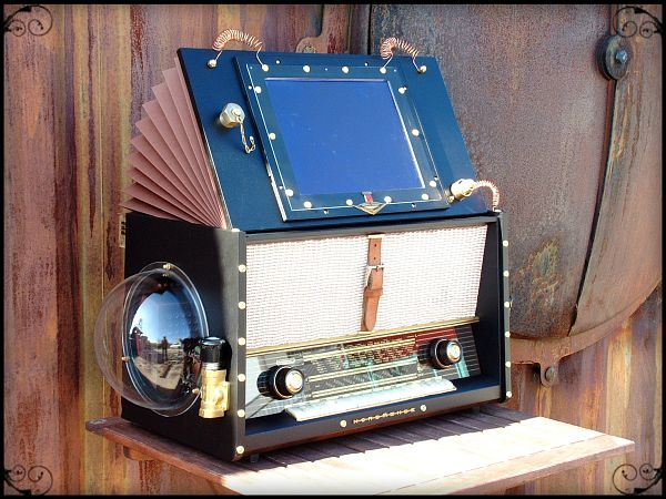 The Airship Pirate's Steampunk Jukebox by thechocolatist