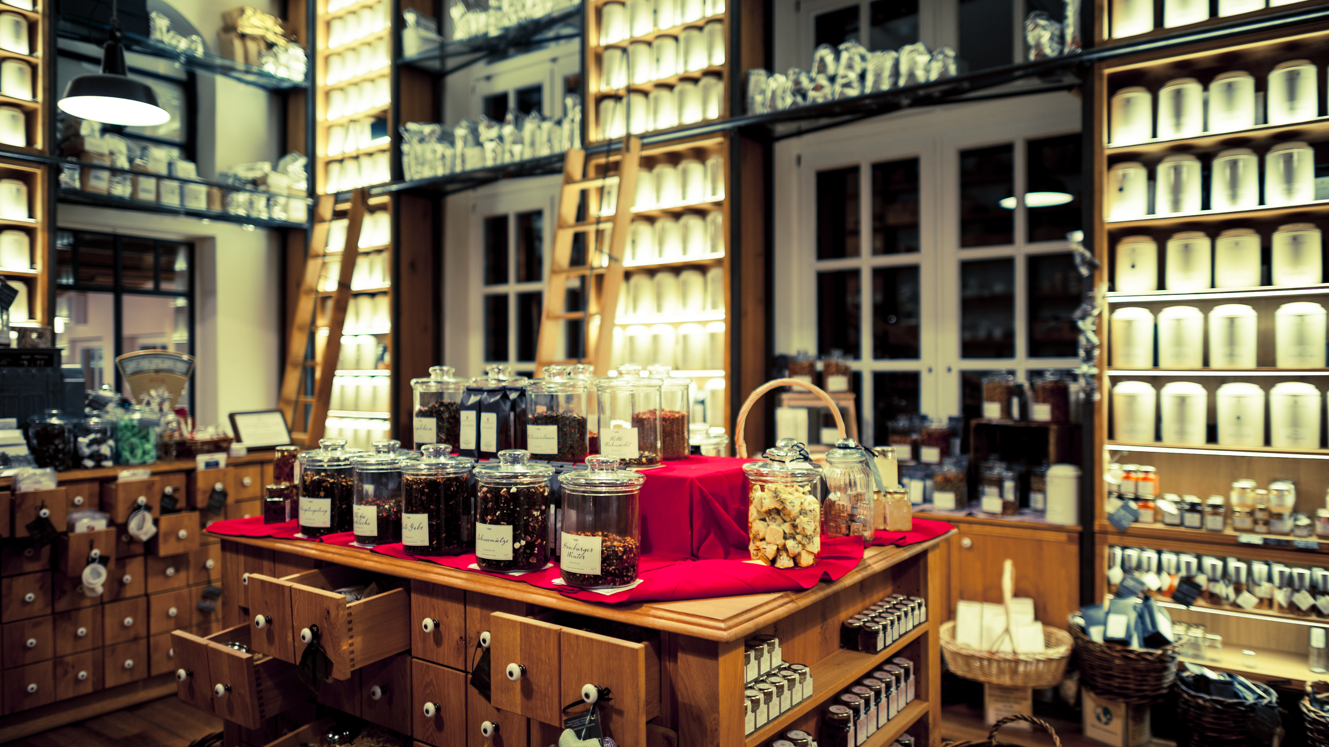 tea shop Teapigs has a wide range of quality teas and infusions available to order today - [listing_meta_description.