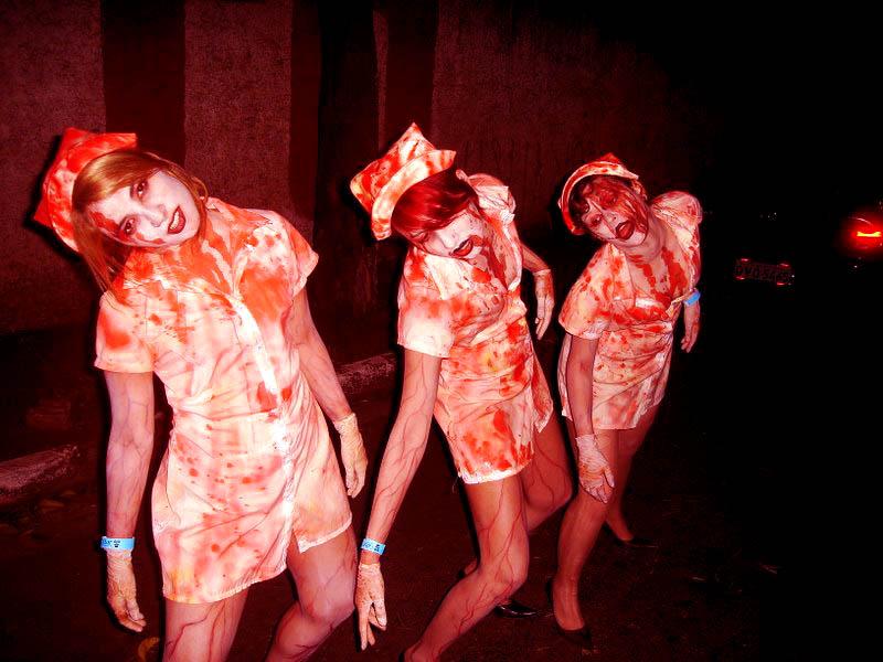 http://fc05.deviantart.net/fs37/f/2008/282/b/7/Zombie_nurses_by_Kazuko_Taty.jpg
