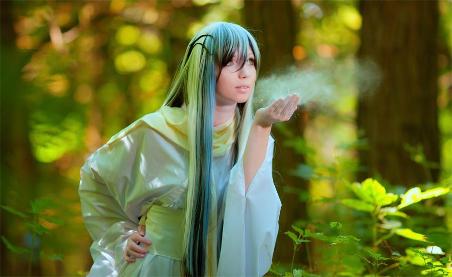 Share a photo Nurarihyon_no_mago___yuki_onna_by_kirawinter-d46e0od