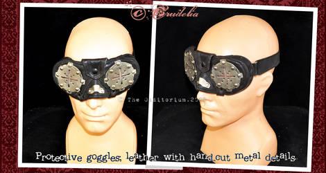 Protective goggles by crudelia