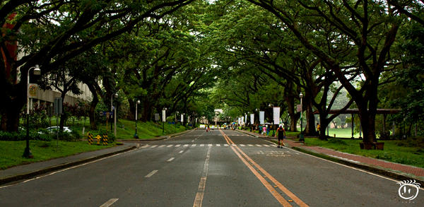 A Wide Lane... by aLaNsOng