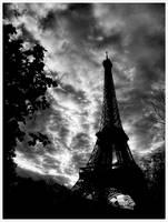 Eiffel BW by thenti