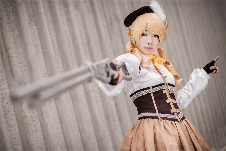 Tomoe Mami - I by Shazzsteel