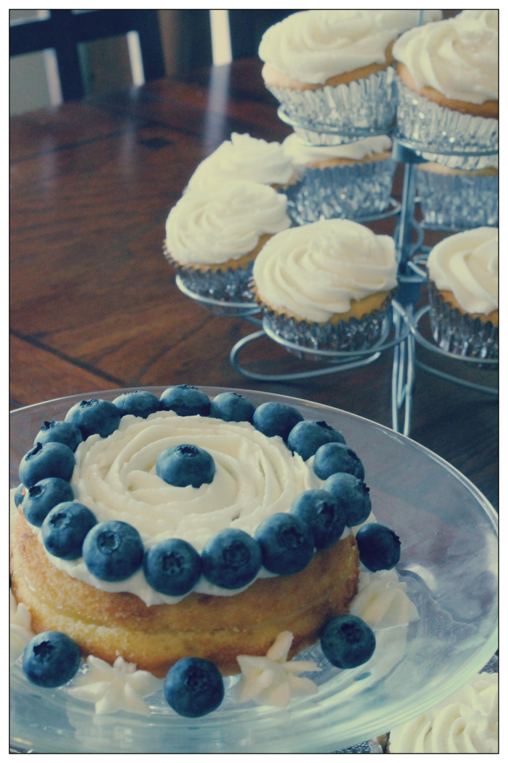 Lemon Blueberry Cake by Adonenniel