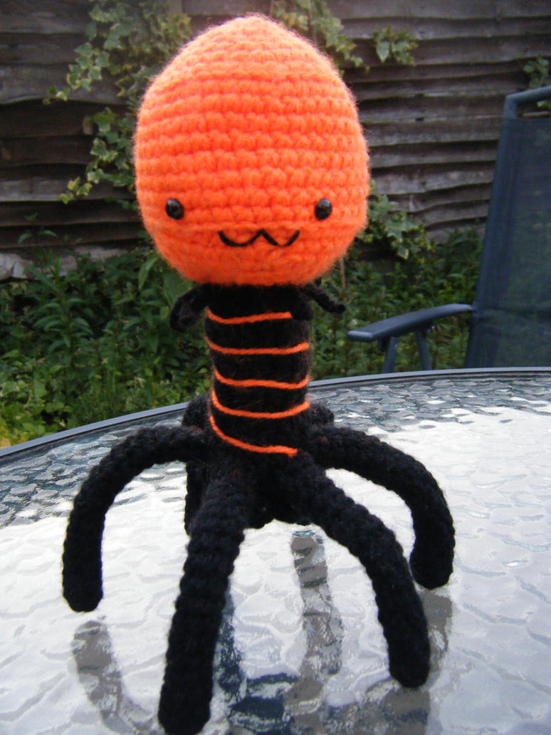 TeeToo the Bacteriophage by ChillyBlackDwagon