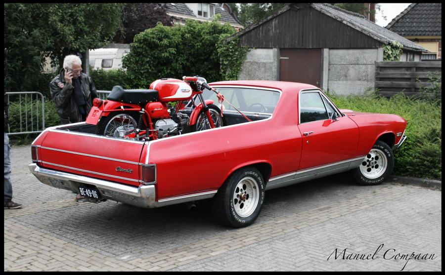 1968_Chevrolet_El_Camino_rear_by_compaan