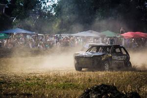 Crazy Race - Mazda 323