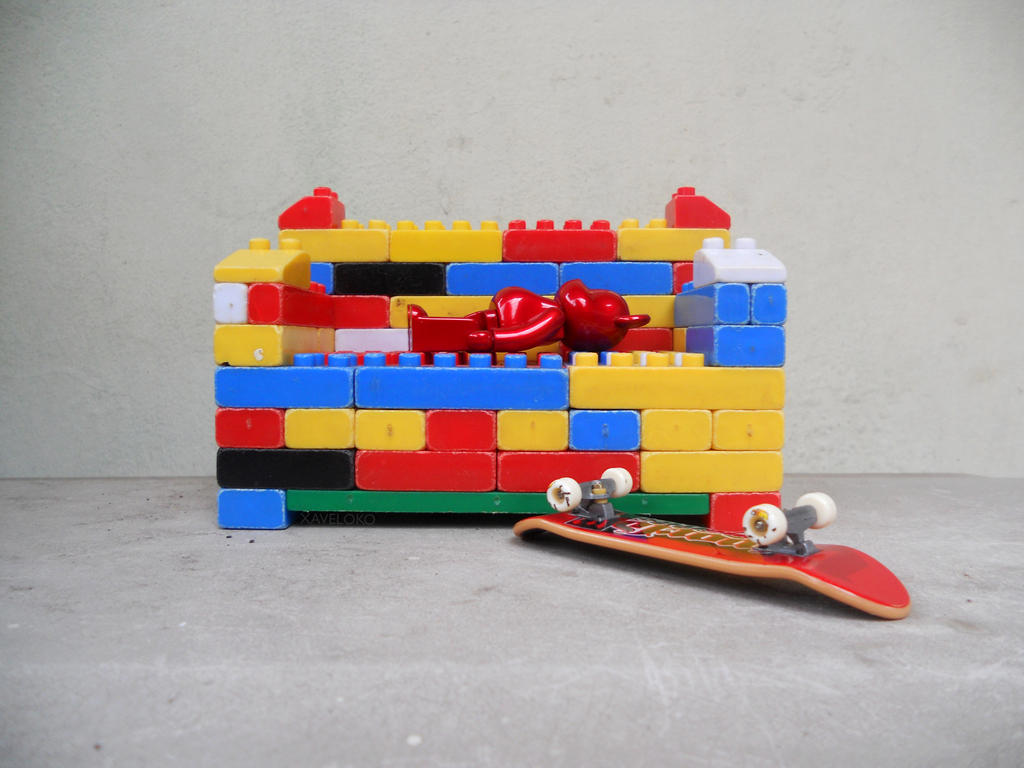 Chillin' on Lego Sofa by xavierlokollo