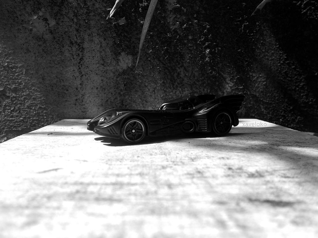 Batmobile by xavierlokollo