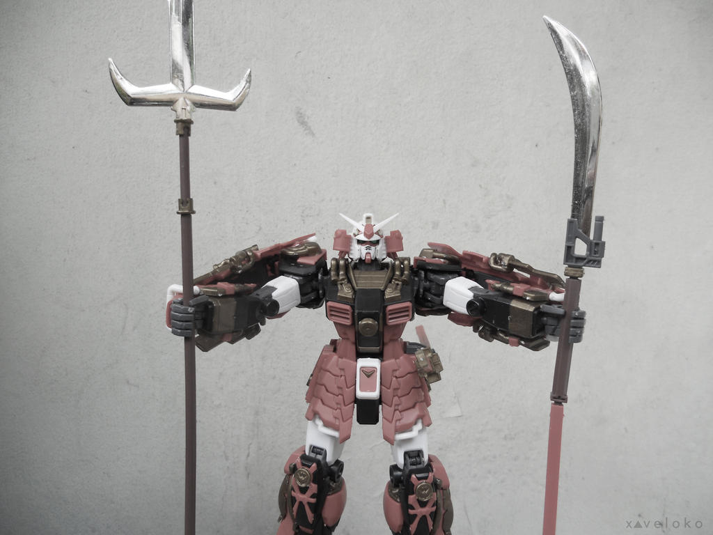 Weapon On by xavierlokollo
