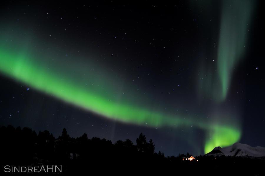 Auroas over Finnkonnakken by SindreAHN