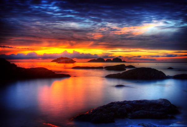 Redang Sunrise by OrangeBread