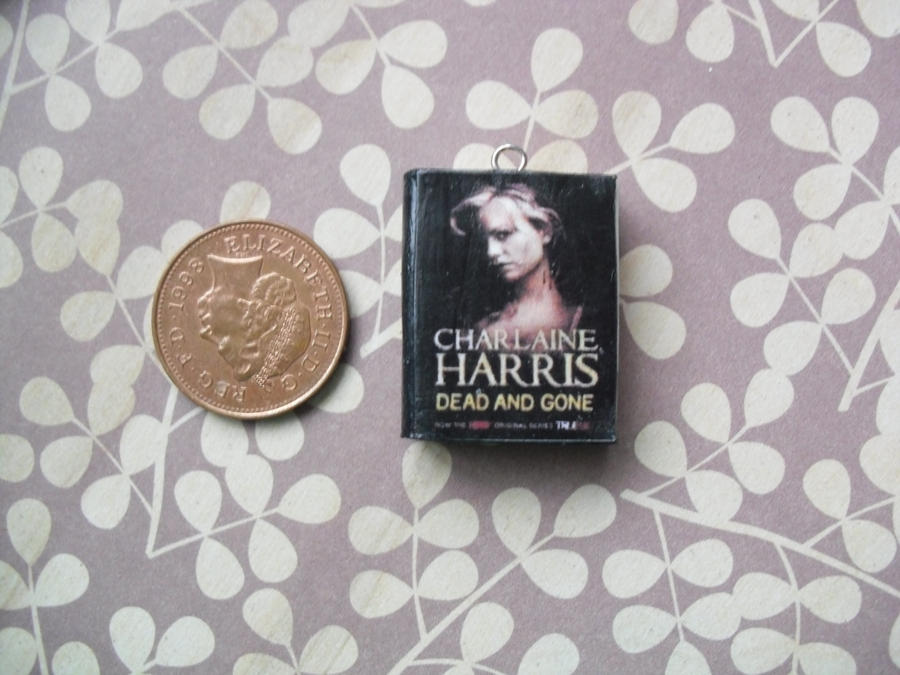 Sookie Stackhouse Book Charms Close Up By