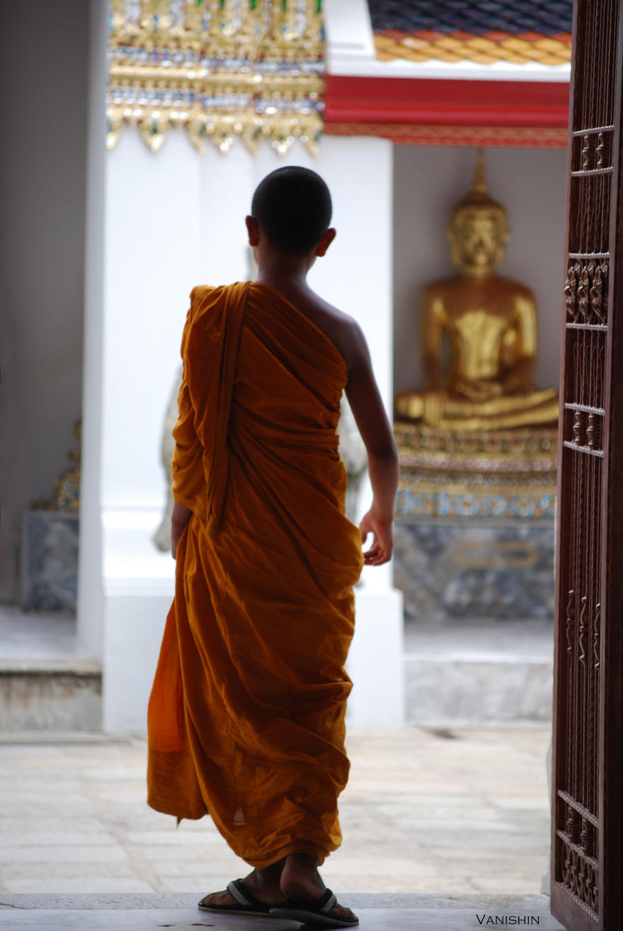 Monk - Bangkok by Vanishin
