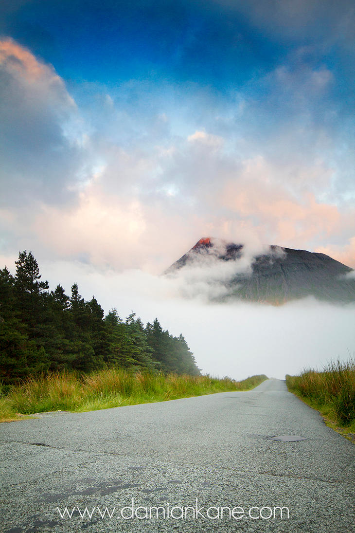 The Road to Glen Brittle by DamianKane