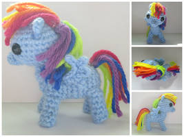 Crochet Rainbow Dash by TheBronyfluff