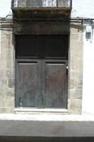 Wooden doors by BlokkStox