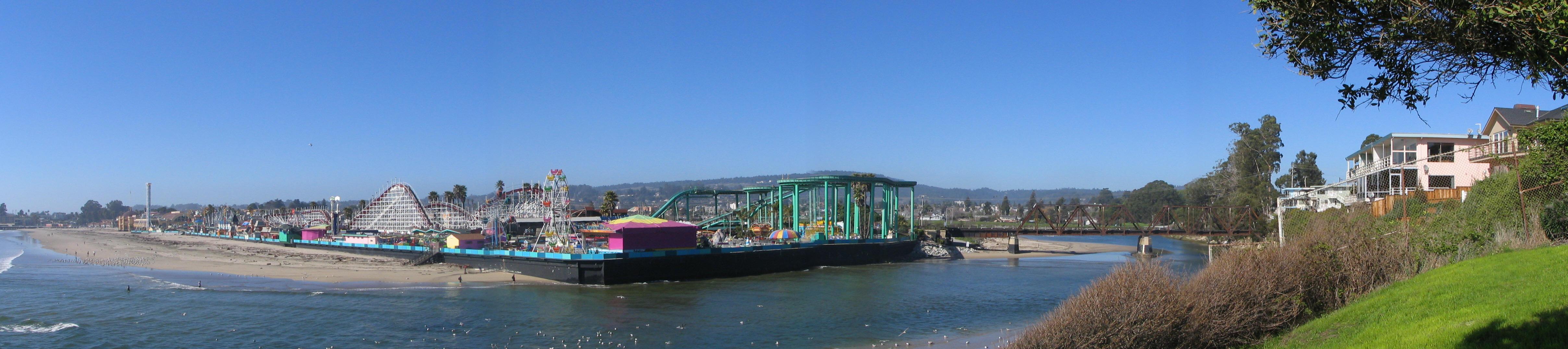 Santa Cruz Boardwalk panorama by jhawklyn