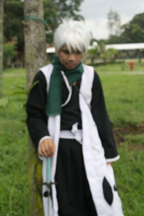 bleach cosplay : hitsugaya toushiro new look by faisaluzumaki