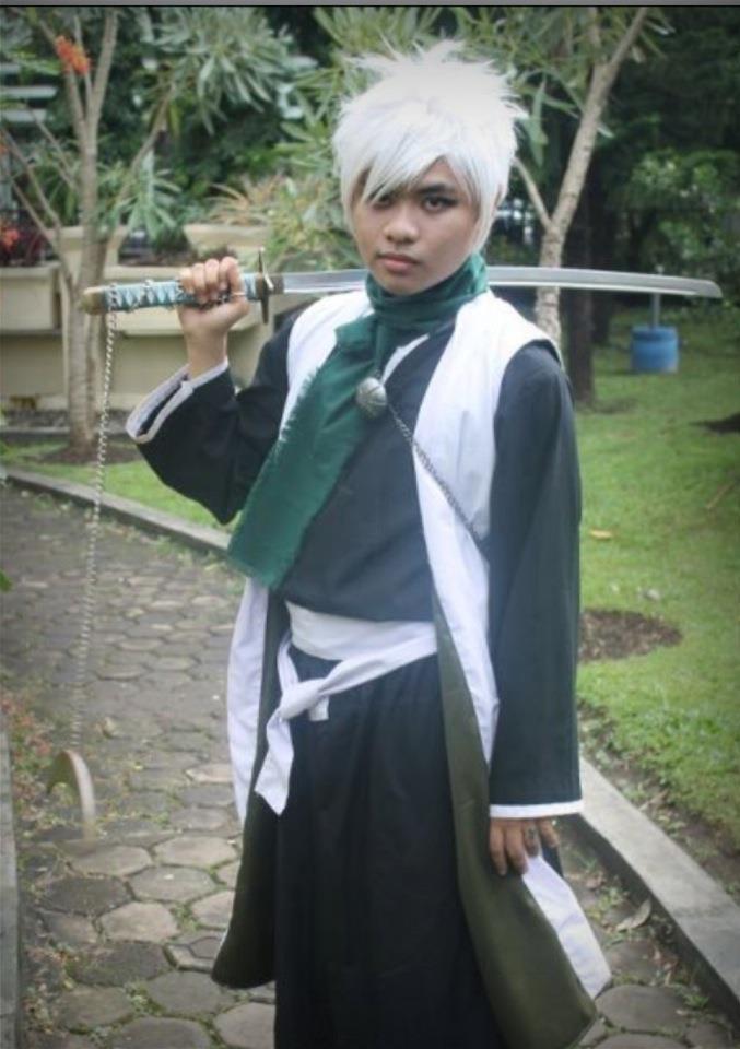 Hitsugaya Toushiro : ginjou arc cosplay 2 by faisaluzumaki