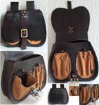 Historical belt pouch