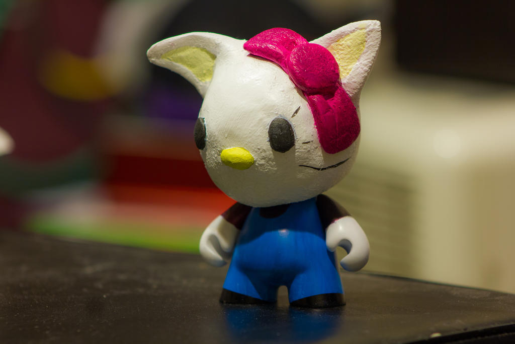 Hello Kitty Munny Sculpture by cg219