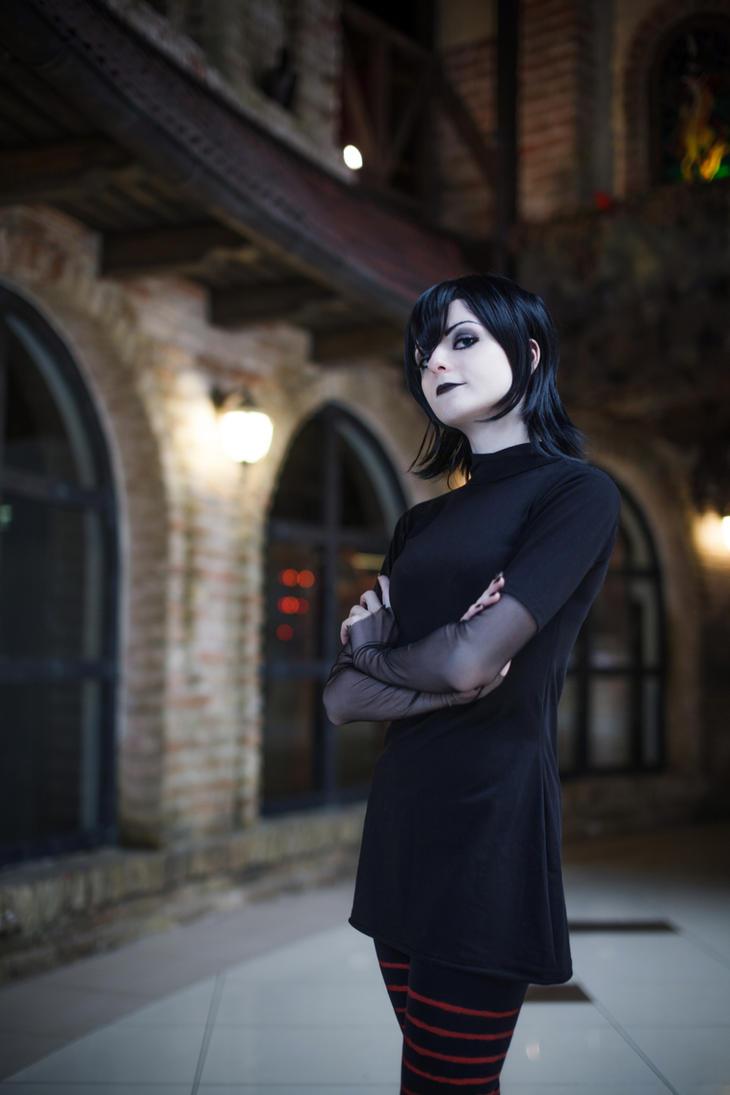 Mavis Dracula (Hotel Transylvania) by Melissa-Lissova