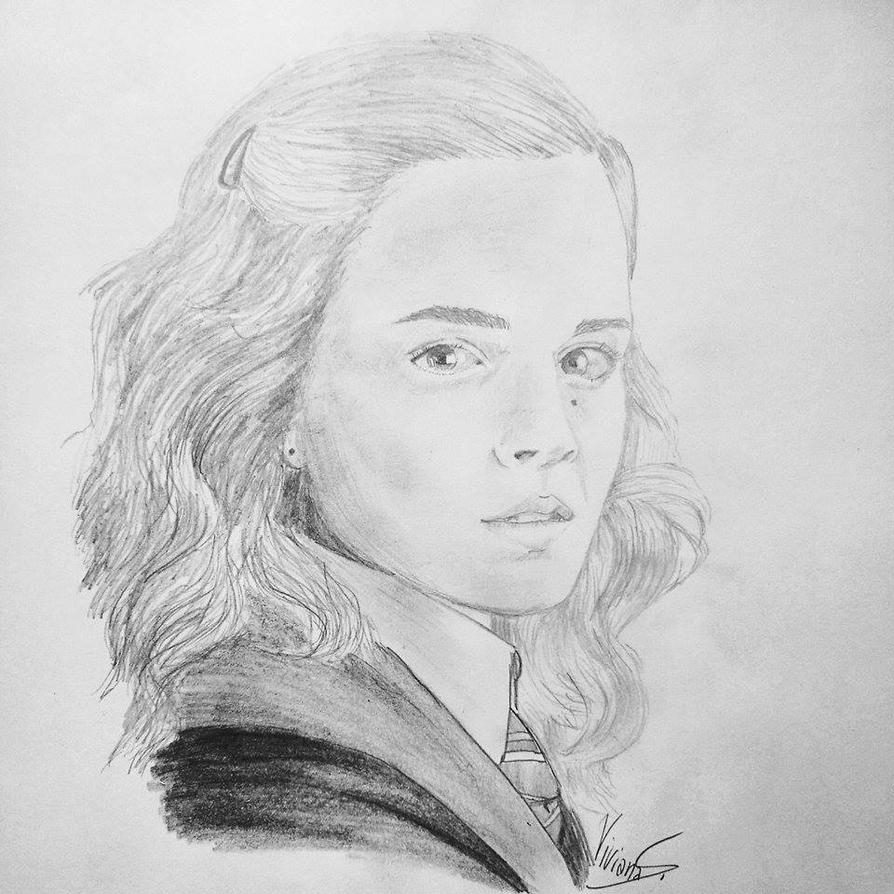 Hermione Granger by ViviMaslow