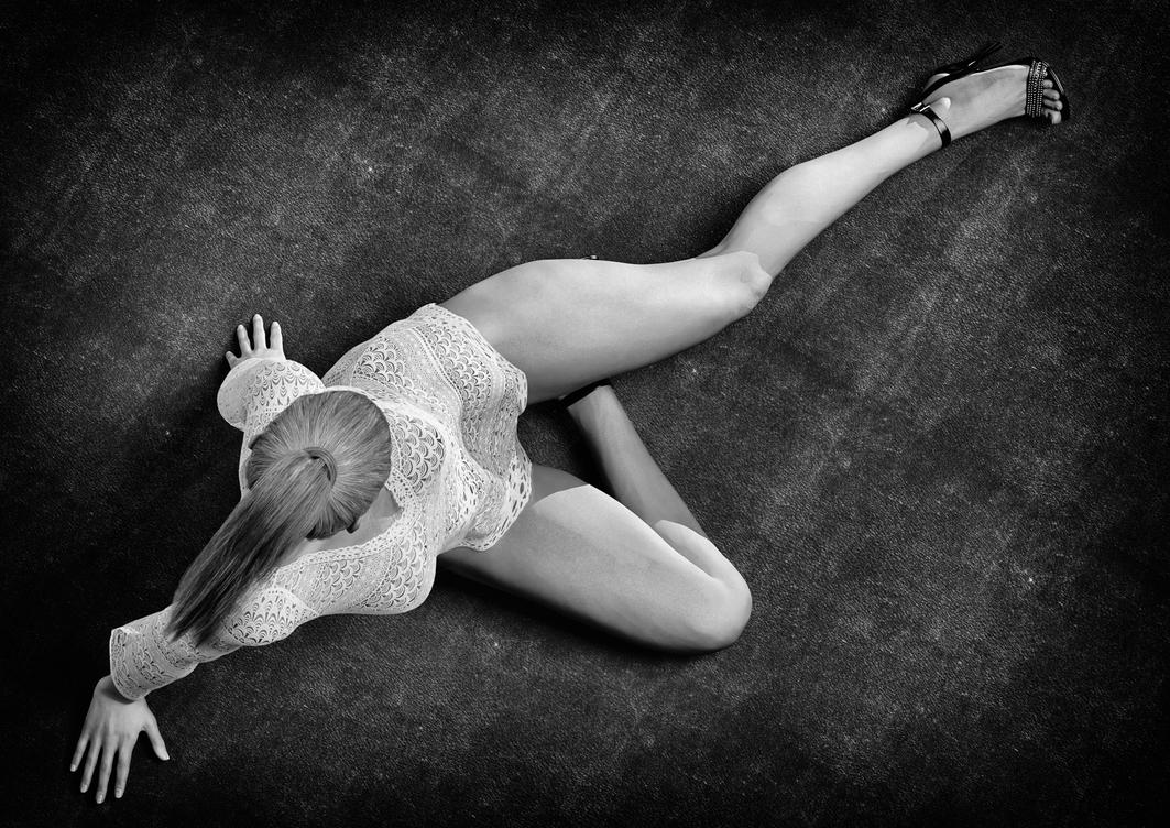 4 LEgs emporium by HidePerso