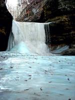 La Salle Icefall by soyrwoo