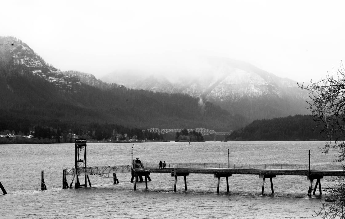 Facing Cascade Locks (at the Stevenson Waterfront) by MC-Guire