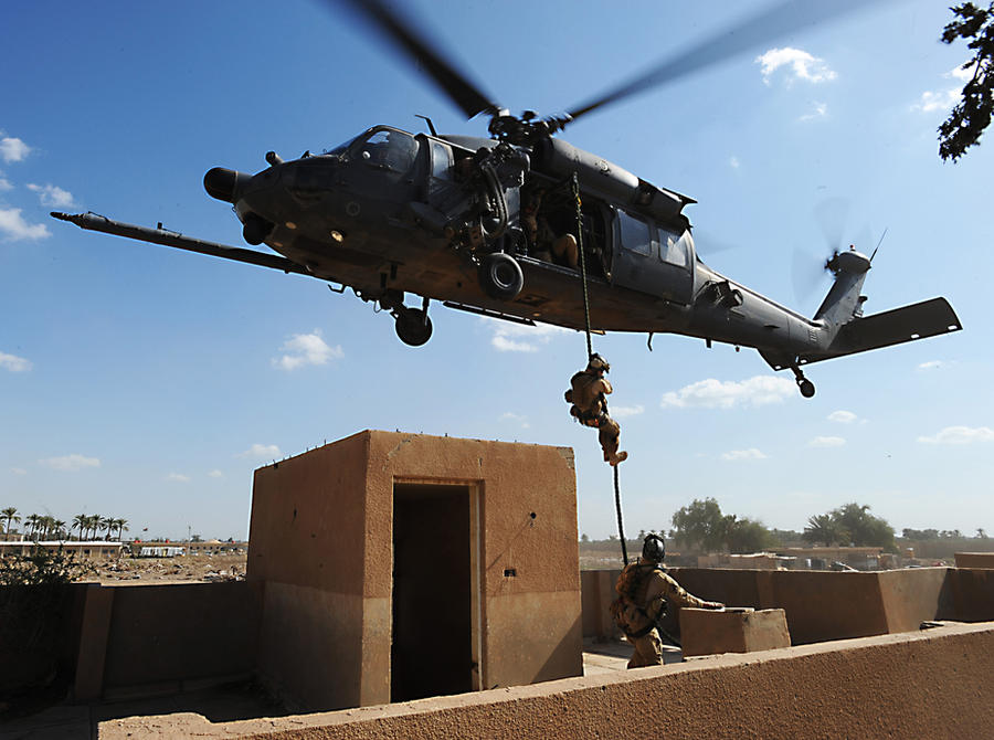 Blackhawk with Soldiers by DonPeyote69