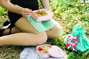 Makoto Kino. Sailor Jupiter. Bento lunch