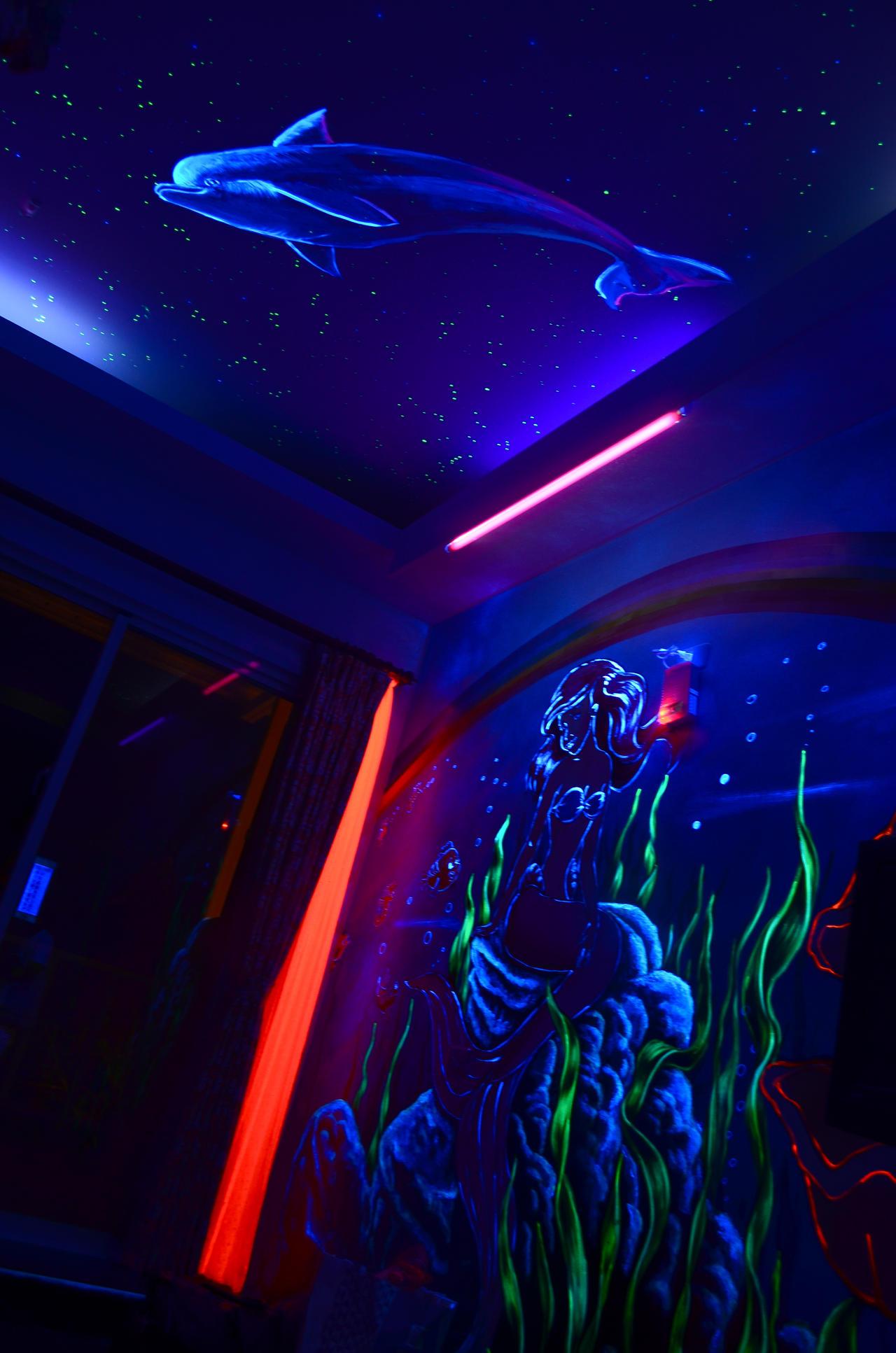 oceangod hotel mermaid bedroom by pacmangeek on deviantart