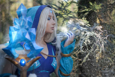 Crystal Maiden Dota 2 Winter is Coming