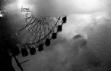Ferris wheel Reflection by PoppyHunter