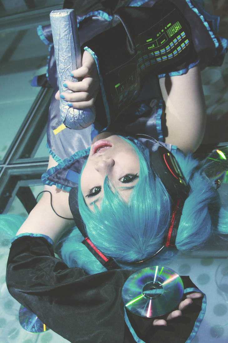 Vocaloid: Initializing by YUKARII-chan