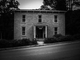 Old Home 2009 by simpspin
