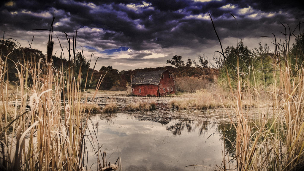 Fall Barn by simpspin